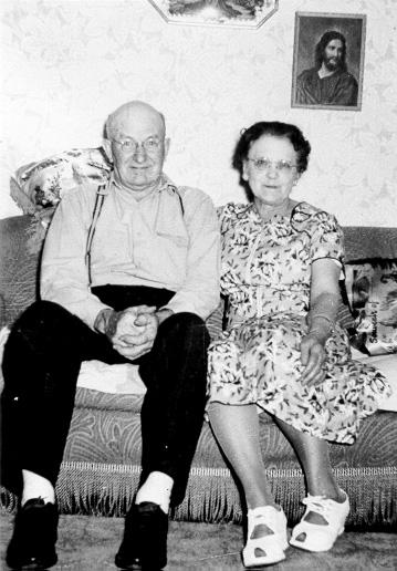 Pete and Lena Paulsen